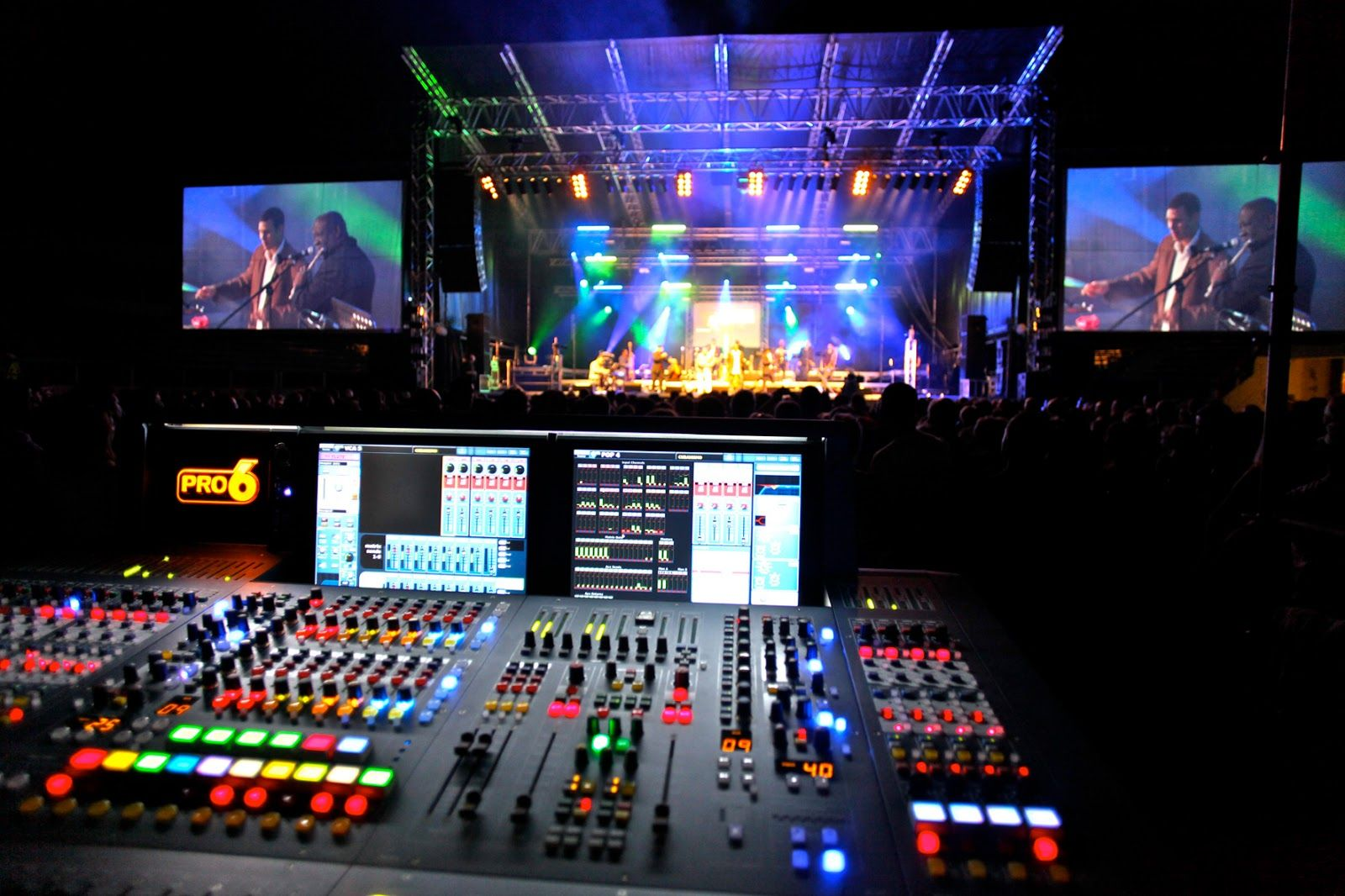 Why You Should Focus on the Equipment When Hiring Audio Services?