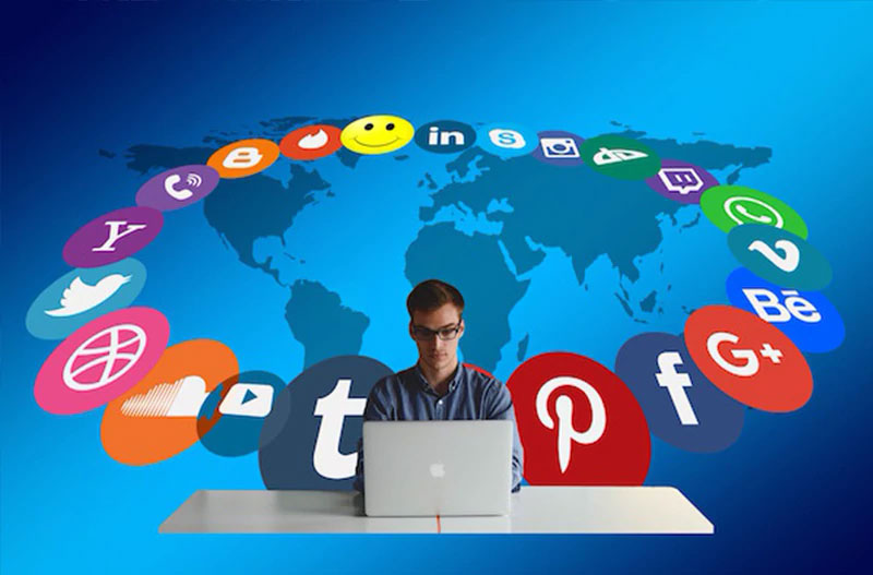 Social Media Manager Or Special Media Agency Which To Choose? - ARS Projecta