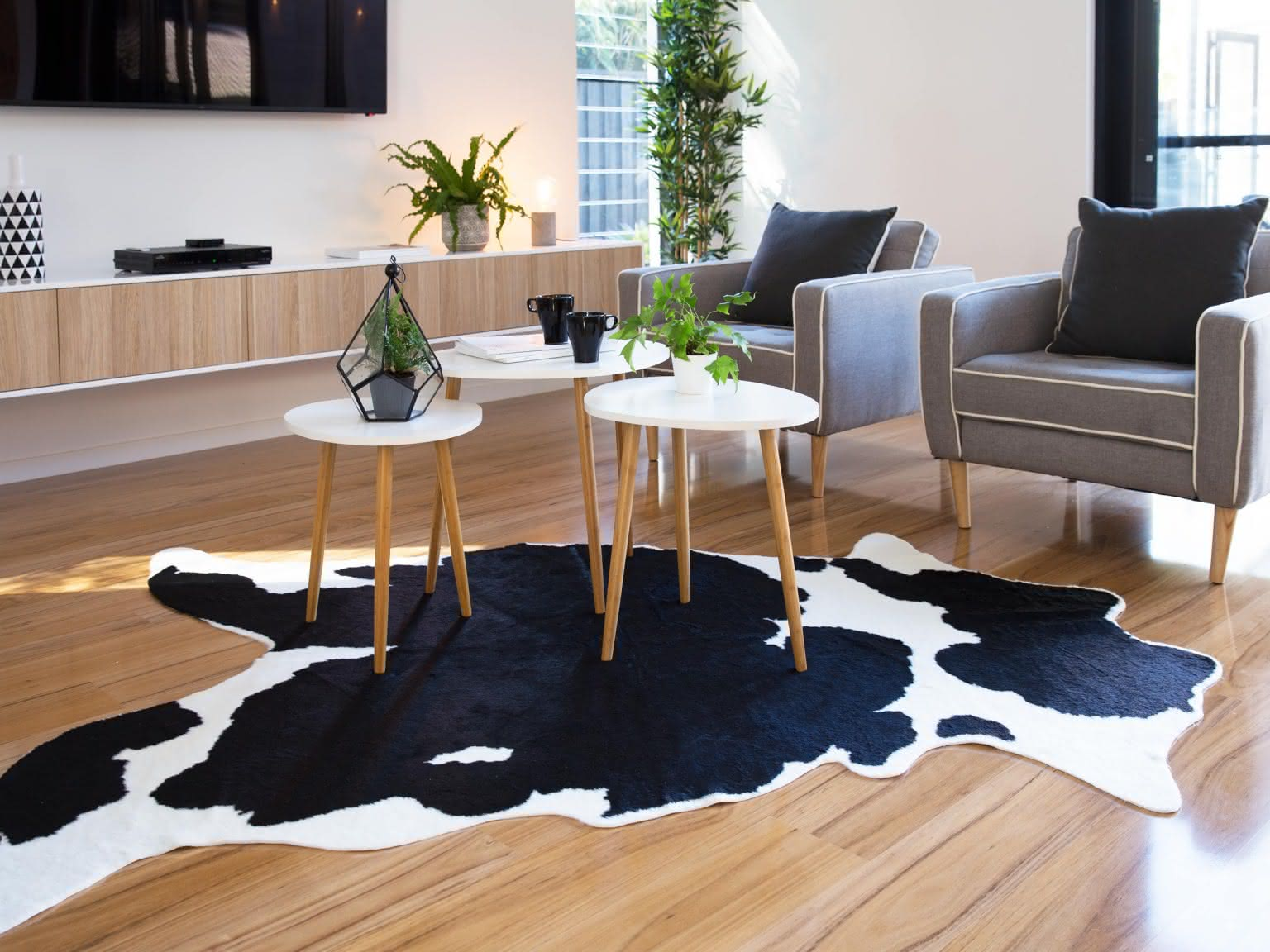 HOW TO PICK A GOOD COW SKIN RUG