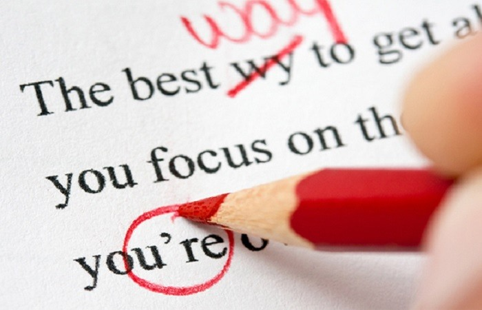 What qualifications do PhD proof-readers need?