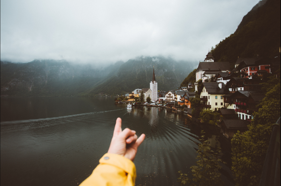 Single and Chasing After an Adventure? 10Tips for Living a Happier and More Fulfilled Life