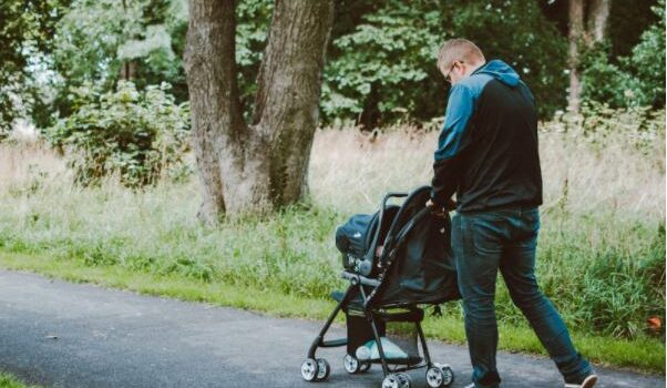 Essential tips for picking the right stroller for your baby- Baby Stroller Buying Guide